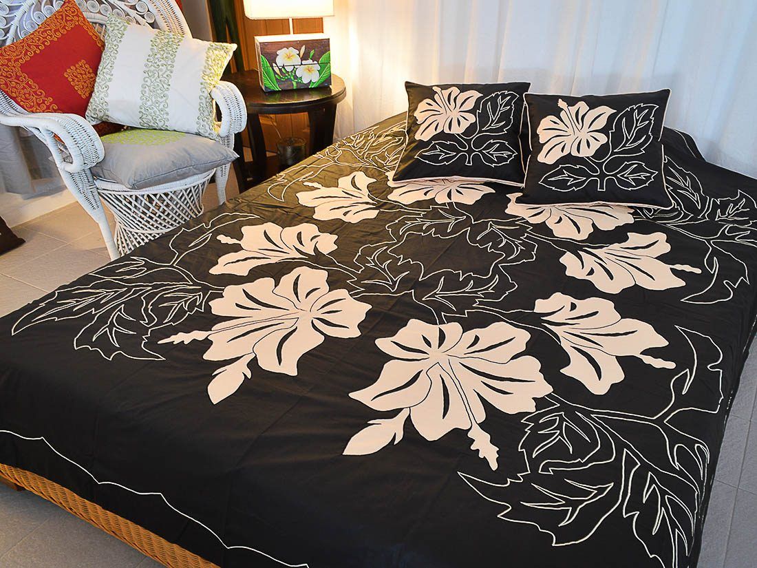 Bed Cover Appliqué Eve Metis